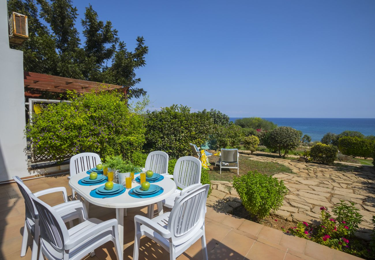 Apartment in Protaras - Sirina Lina Beachfront Suite
