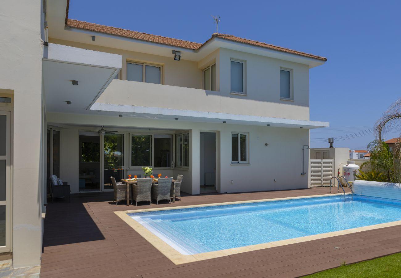 Villa in Larnaca - Larnaca Villa Marisol