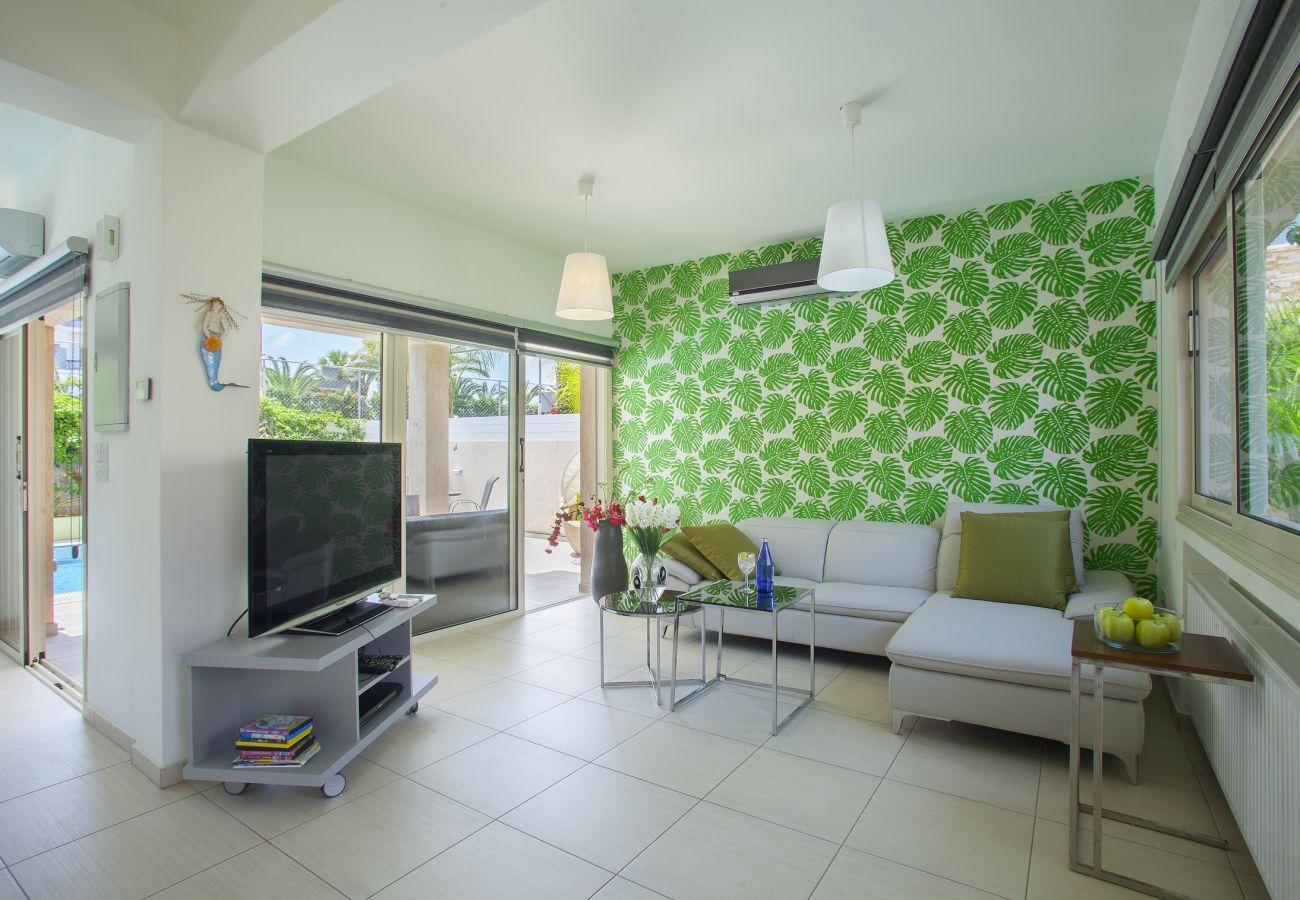 Villa in Protaras - Protaras Villa Michelle 7 Near The Beach