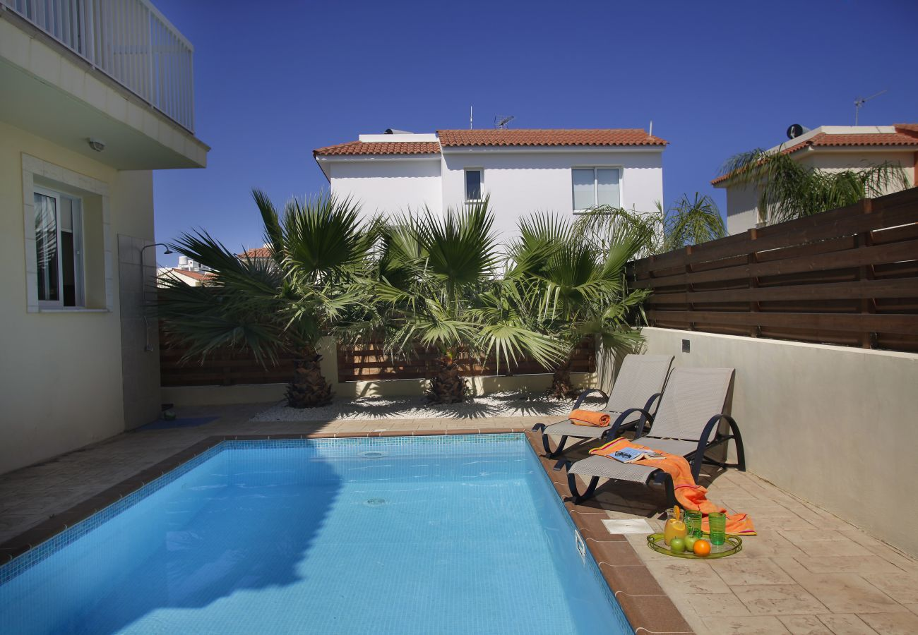 Villa in Protaras - Protaras Villa Clover Near The Beach