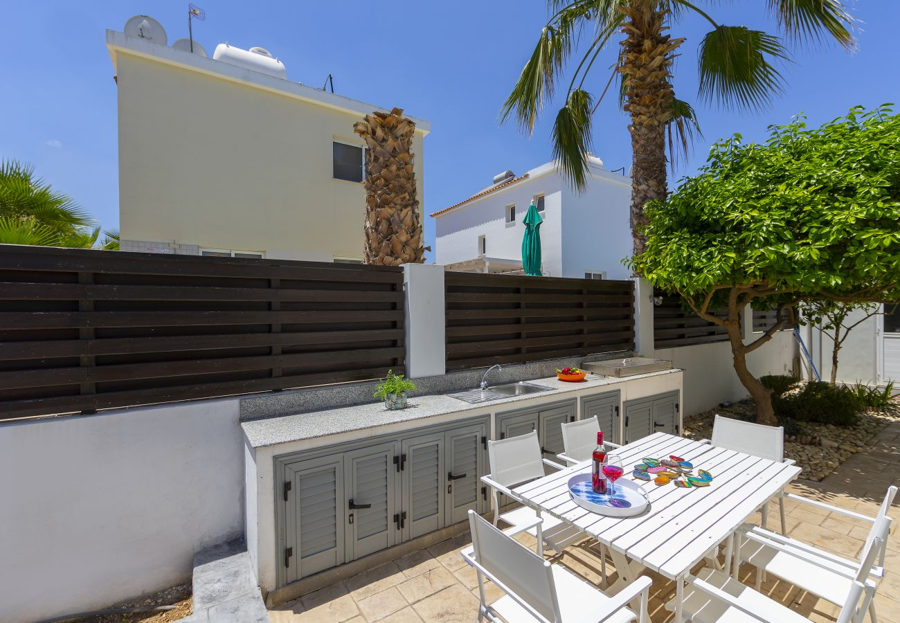 Villa in Protaras - Protaras Villa Passion 2 Min Walk To The Beach