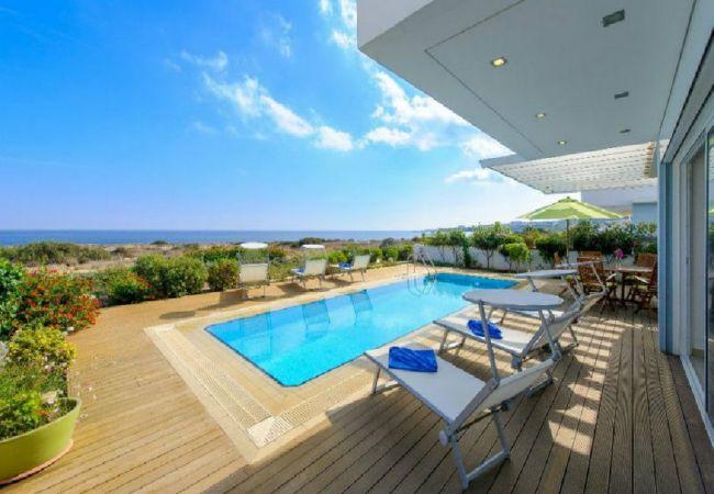 Villa/Dettached house in Protaras - Villa Alia Balsa Front Line Sea View