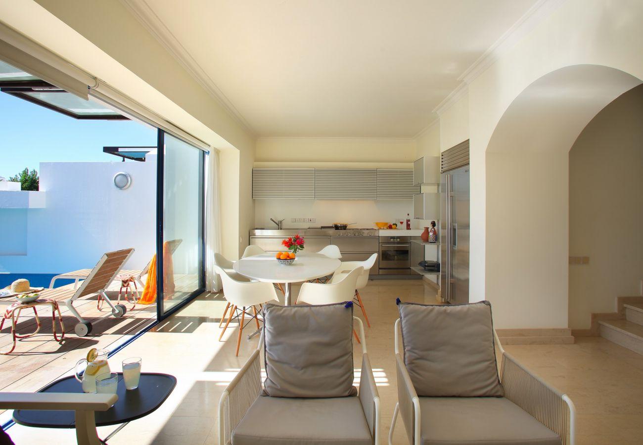 Villa in Protaras - Protaras FigTree Bay Villa Naxos
