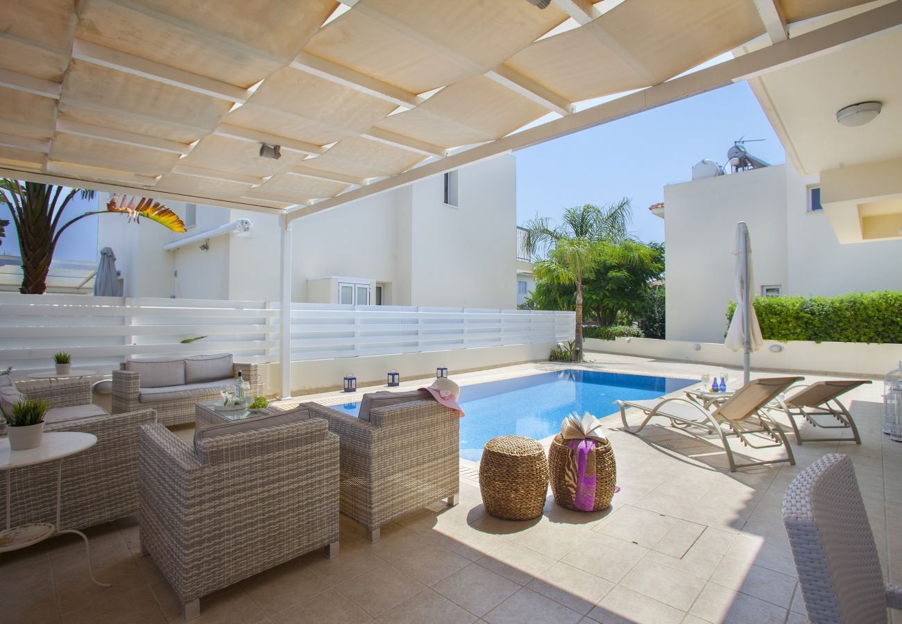 Villa in Protaras - Protaras Villa Posidonas 3 Near The Beach