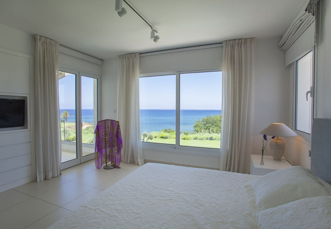 Villa in Protaras - Protaras Sirina Seafront Villa With Sea View