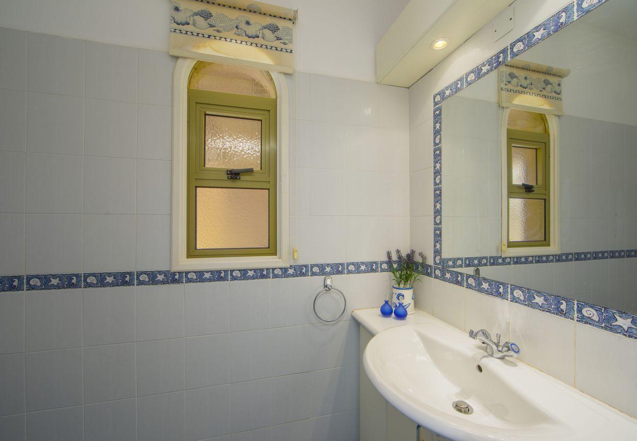 Villa in Protaras - Protaras Sirina Waterfront House