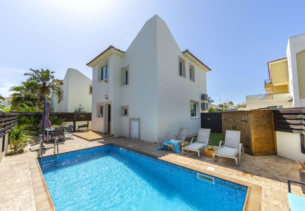 Villa in Protaras - Protaras Villa Kochili Near The Beach