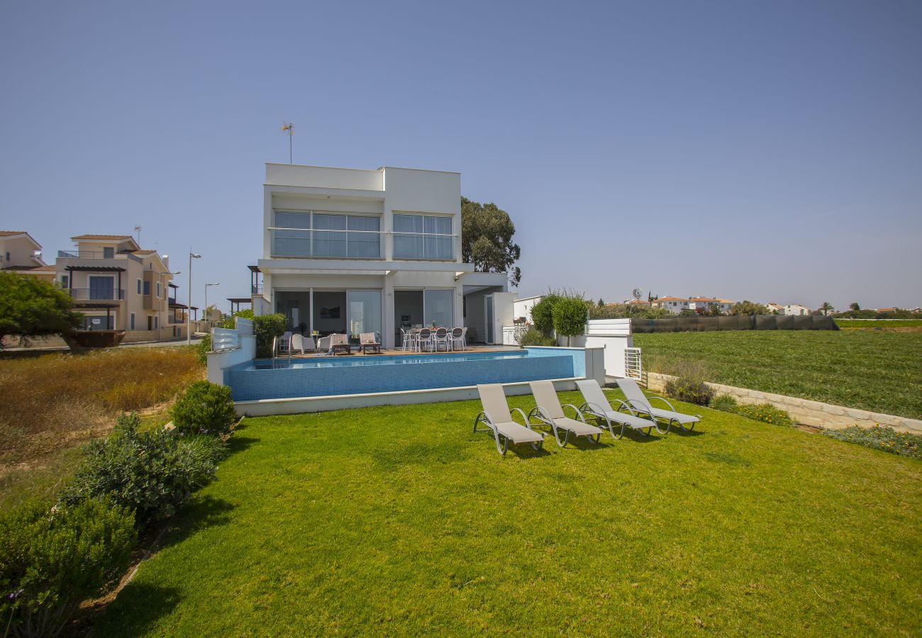 Villa in Protaras - Protaras Villa Eponine With Sea View