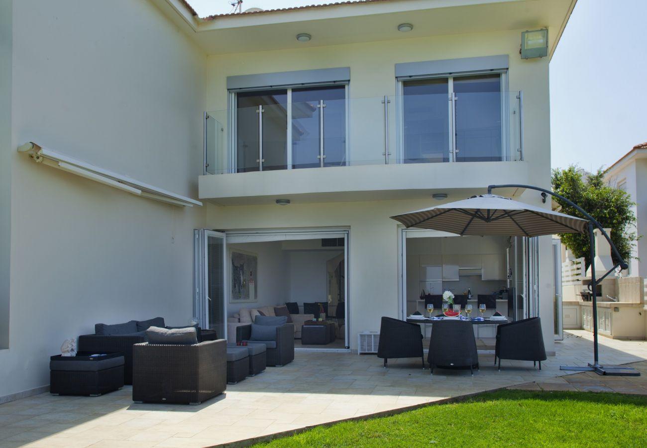 Villa in Protaras - Protaras Villa Kerri W Seafront