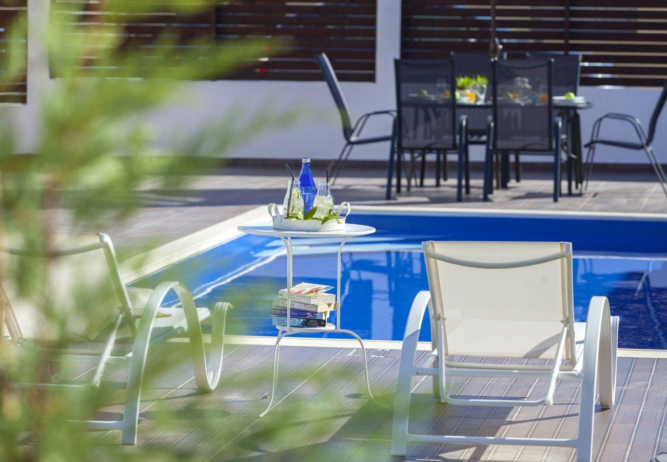 Villa in Protaras - Protaras Villa Hollywood Near To The Centre