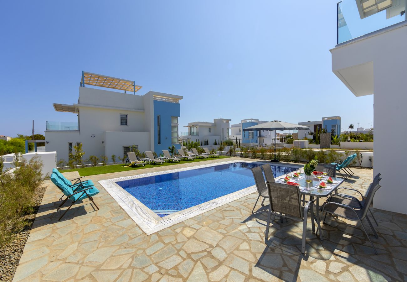 Villa in Protaras - Protaras Seaview Villa Mylos 9