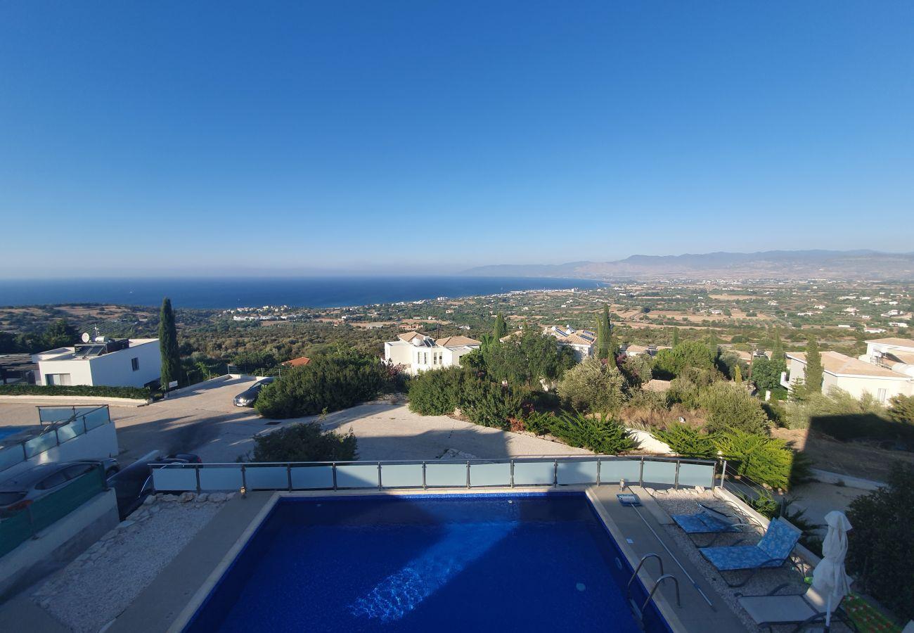 Villa in Latsi - Villa Imogine with Sea View