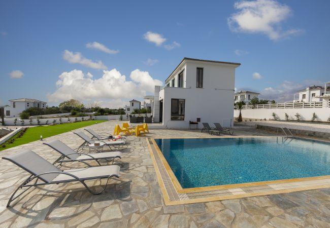 Villa/Dettached house in Protaras -  Protaras Greco Hilltop Views Villa