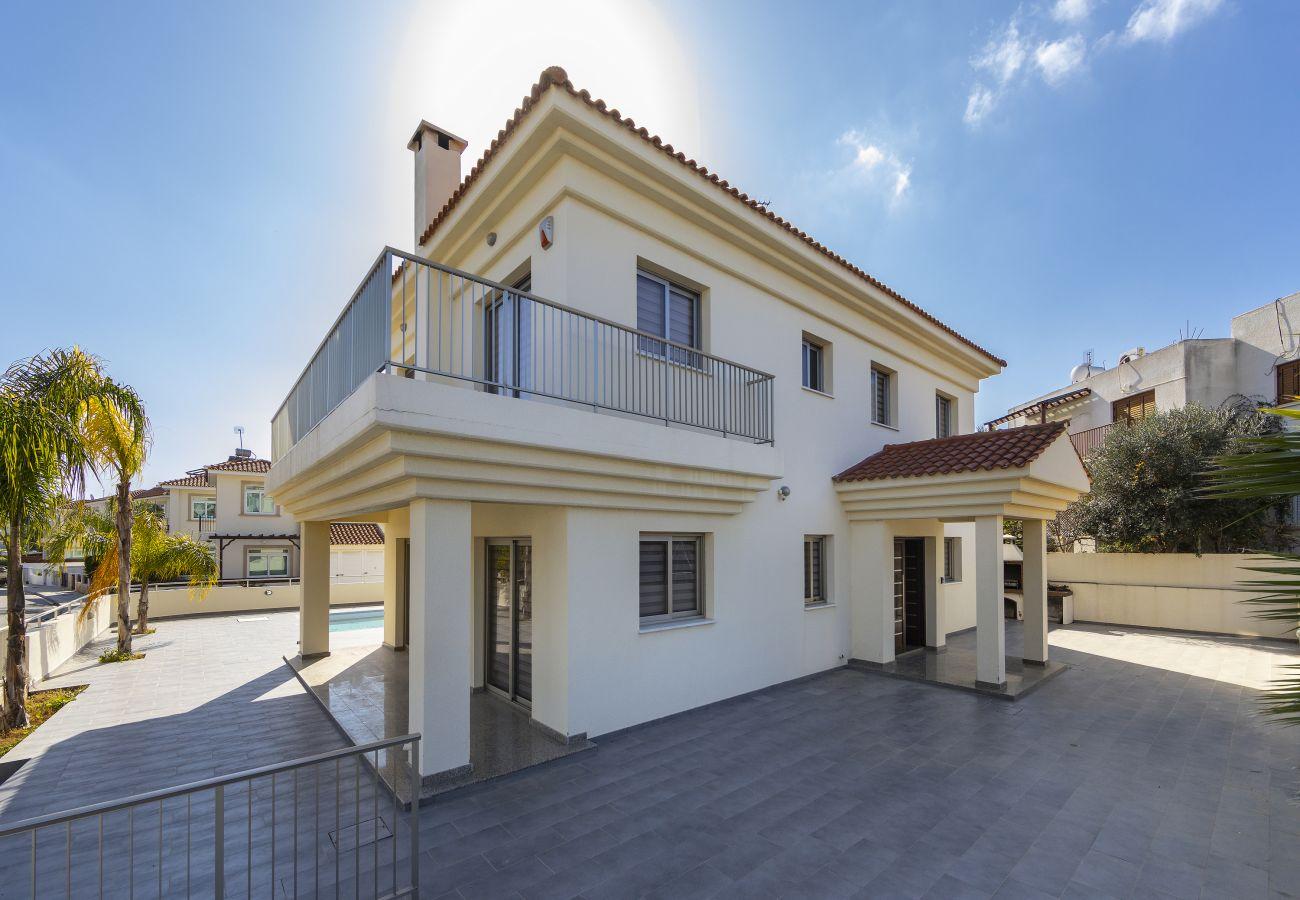Villa in Protaras - Protaras Villa Theodora 1