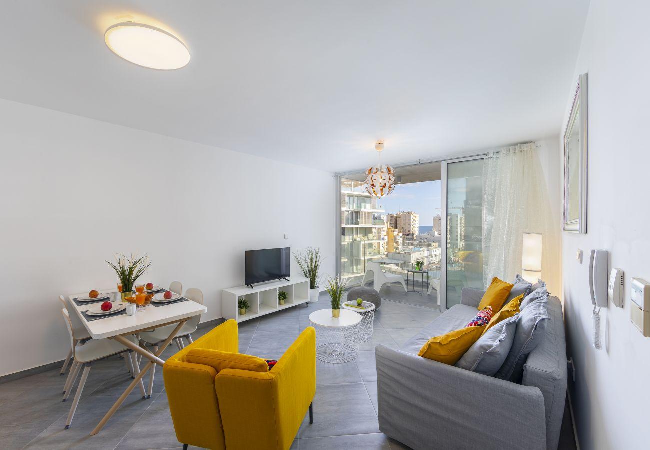 Apartment in Limassol - Limassol Emerald Suite Near The Centre