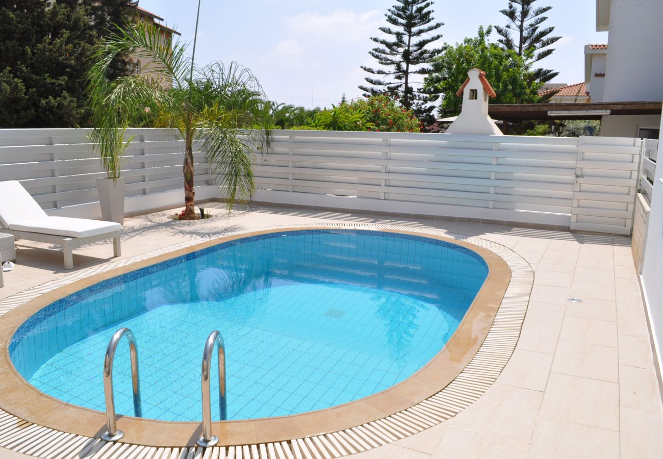 Villa in Protaras - Villa Princeess Near The Beach