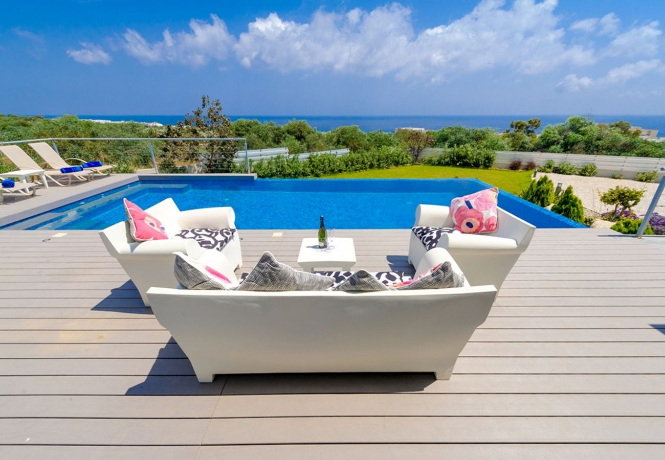 Villa in Protaras - Protaras Seaview Villa Chloe