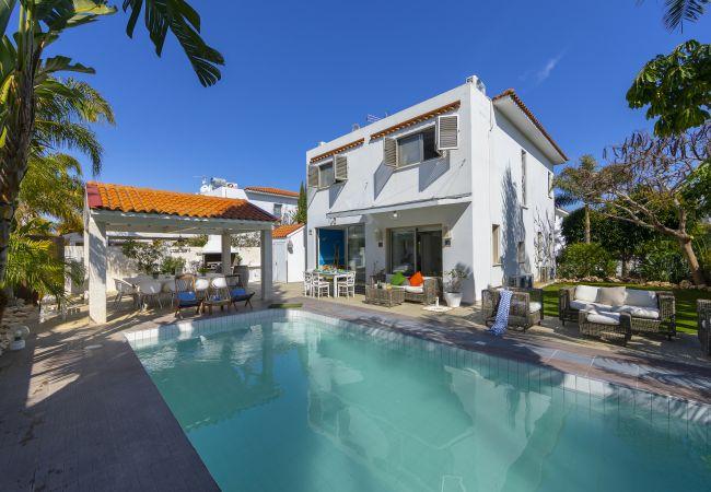 Villa/Dettached house in Protaras - Protaras Villa Ithaki Near The Beach