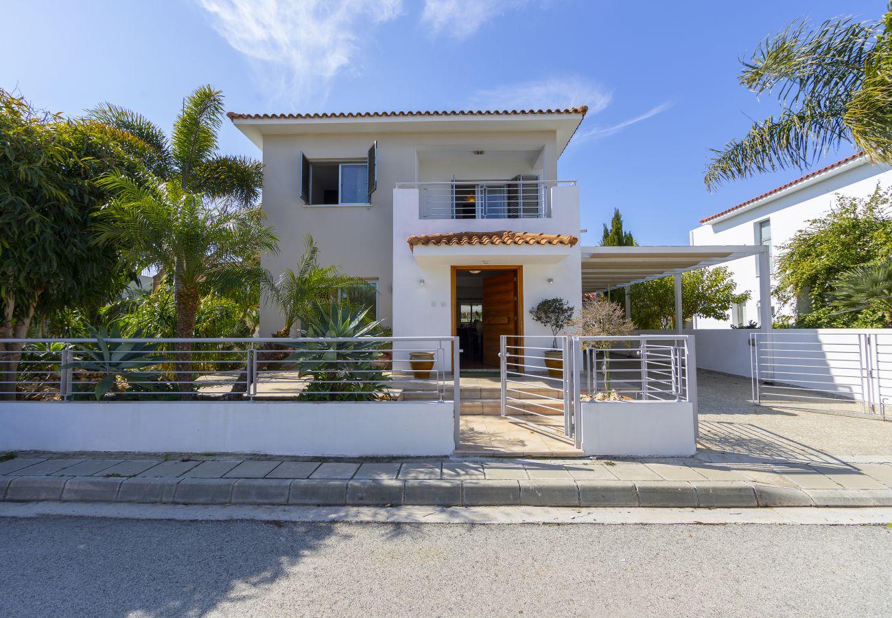 Villa in Protaras - Protaras Villa Ithaki Near The Beach