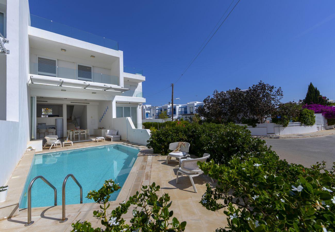 Villa/Dettached house in Protaras - Villa Kalena