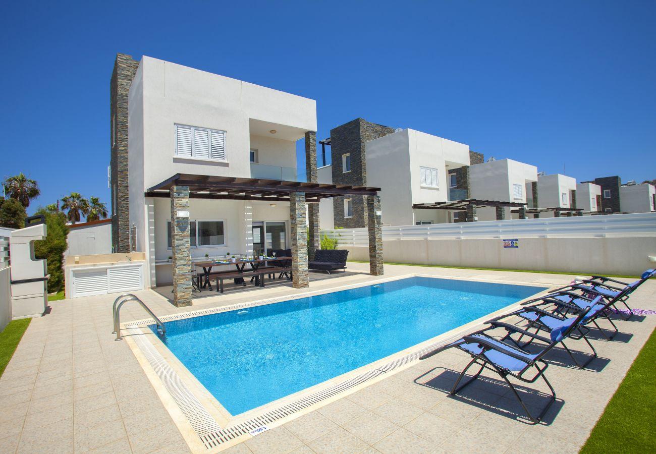 Villa/Dettached house in Protaras - Protaras Villa Anemoni