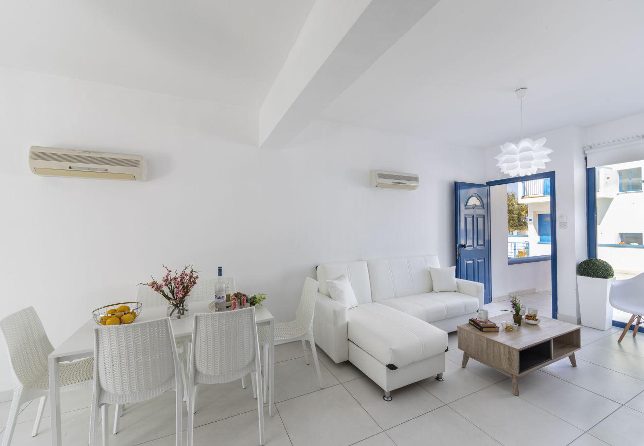 Villa/Dettached house in Protaras - Protaras Villa Nicol
