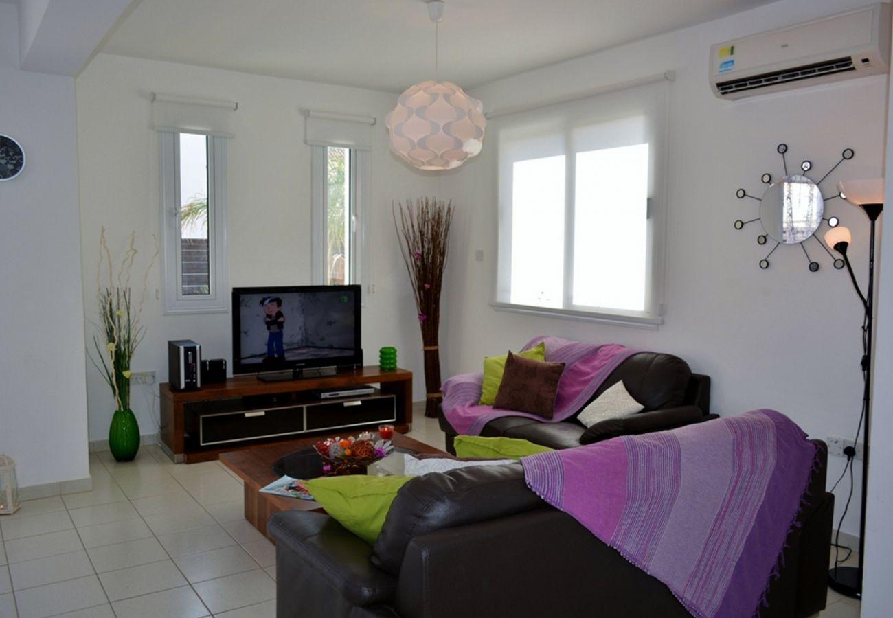 Villa/Dettached house in Protaras - Villa Nadia
