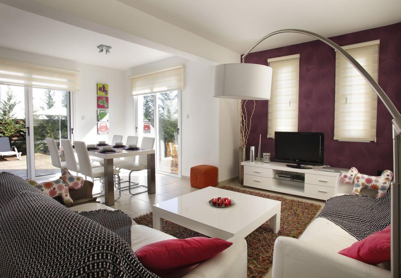 Villa/Dettached house in Protaras - Chateau Blanc Villa