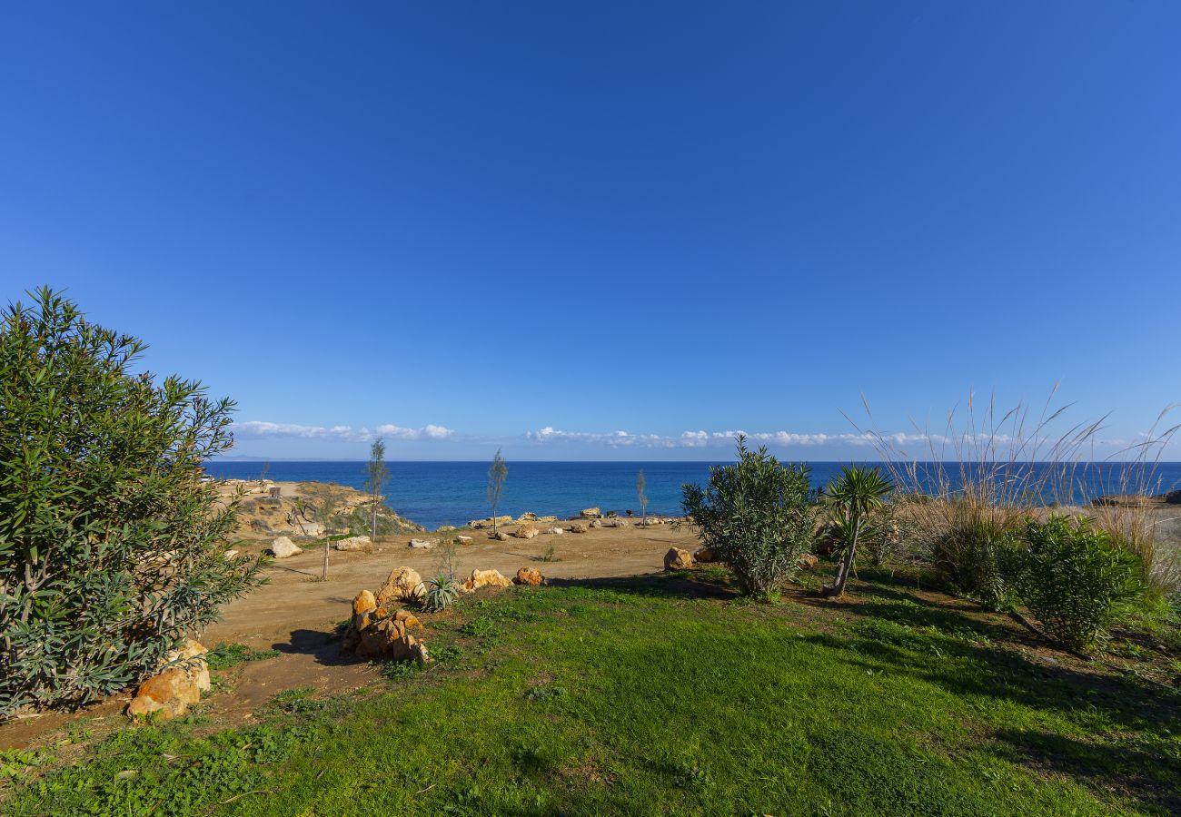 Villa/Dettached house in Protaras - Beachfront Casa Del Sol Villa