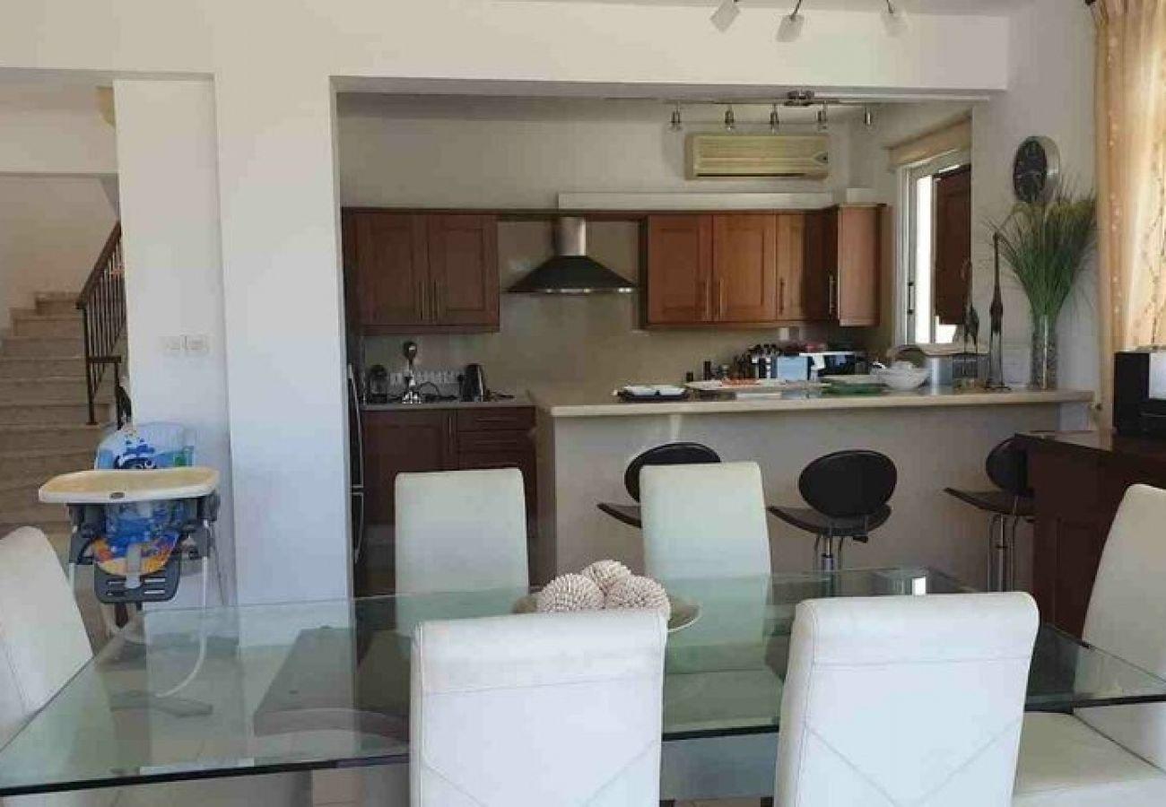 Villa/Dettached house in Protaras - Cavo Greco Seafront Villa