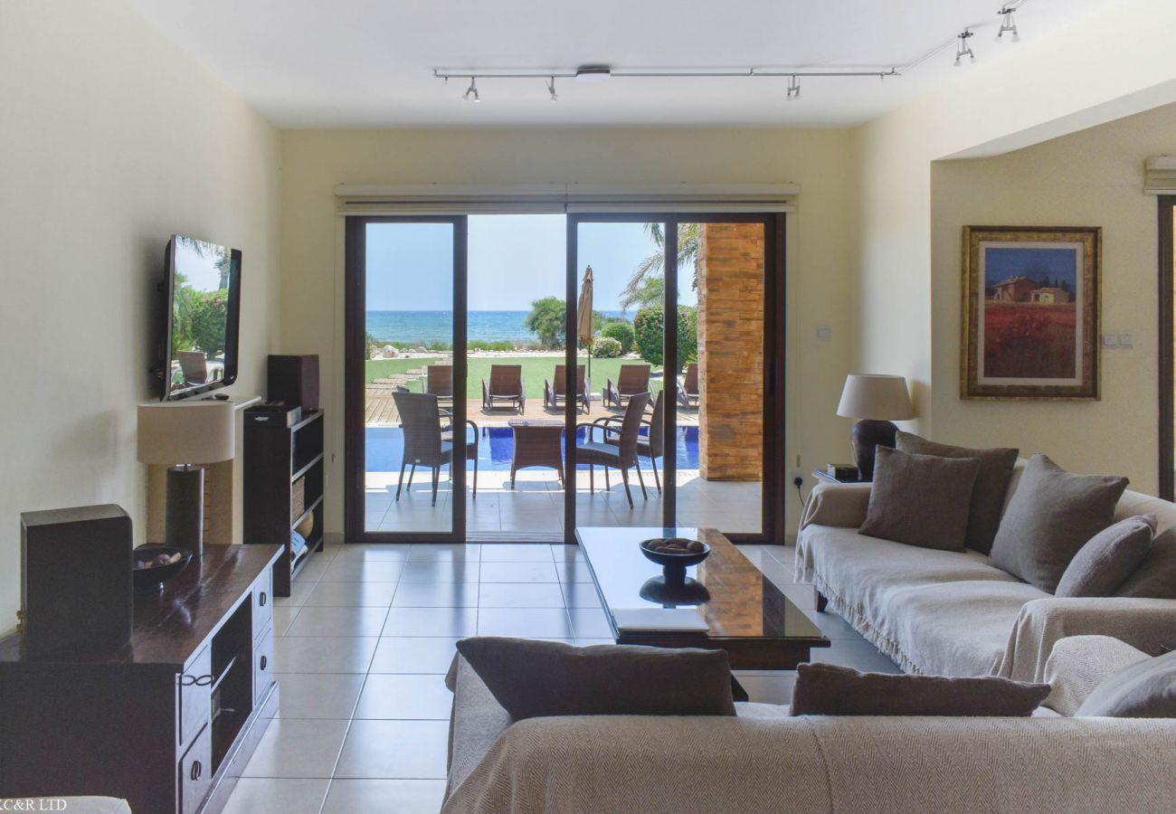 Villa/Dettached house in Ayia Napa - Seafront Ayia Thekla Potamos