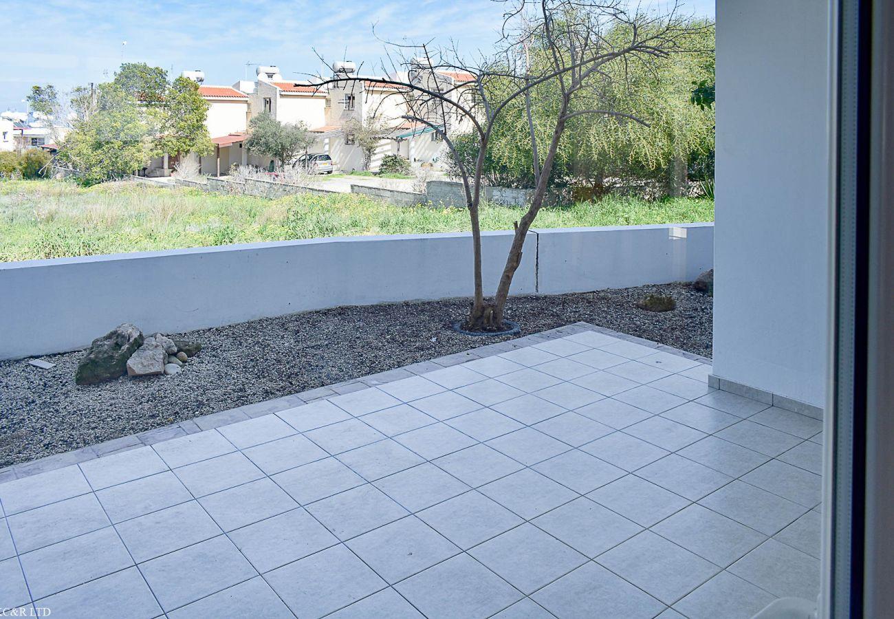 Apartment in Paralimni - Garden Apartment