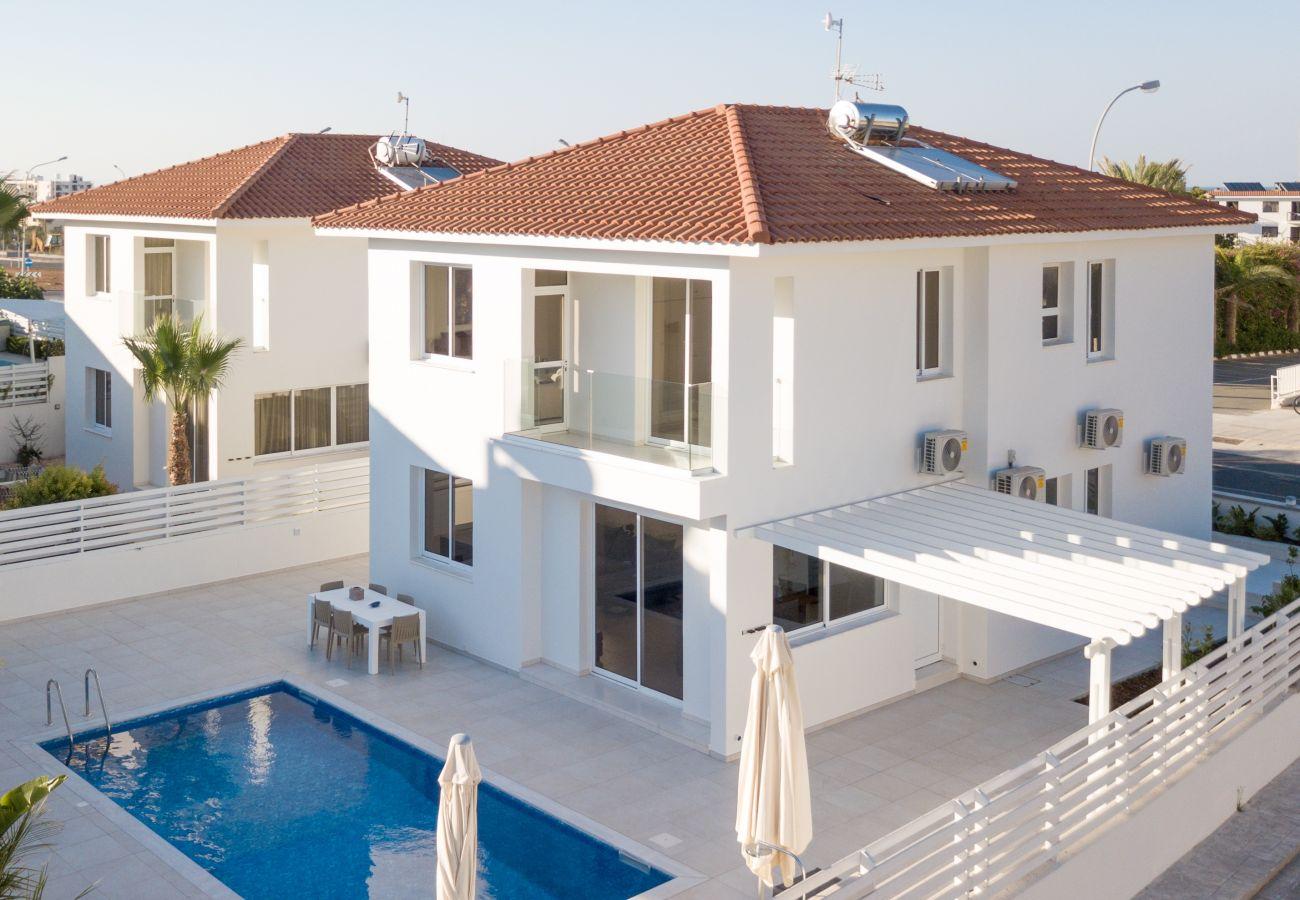 Villa/Dettached house in Protaras - Protaras Sky Residence
