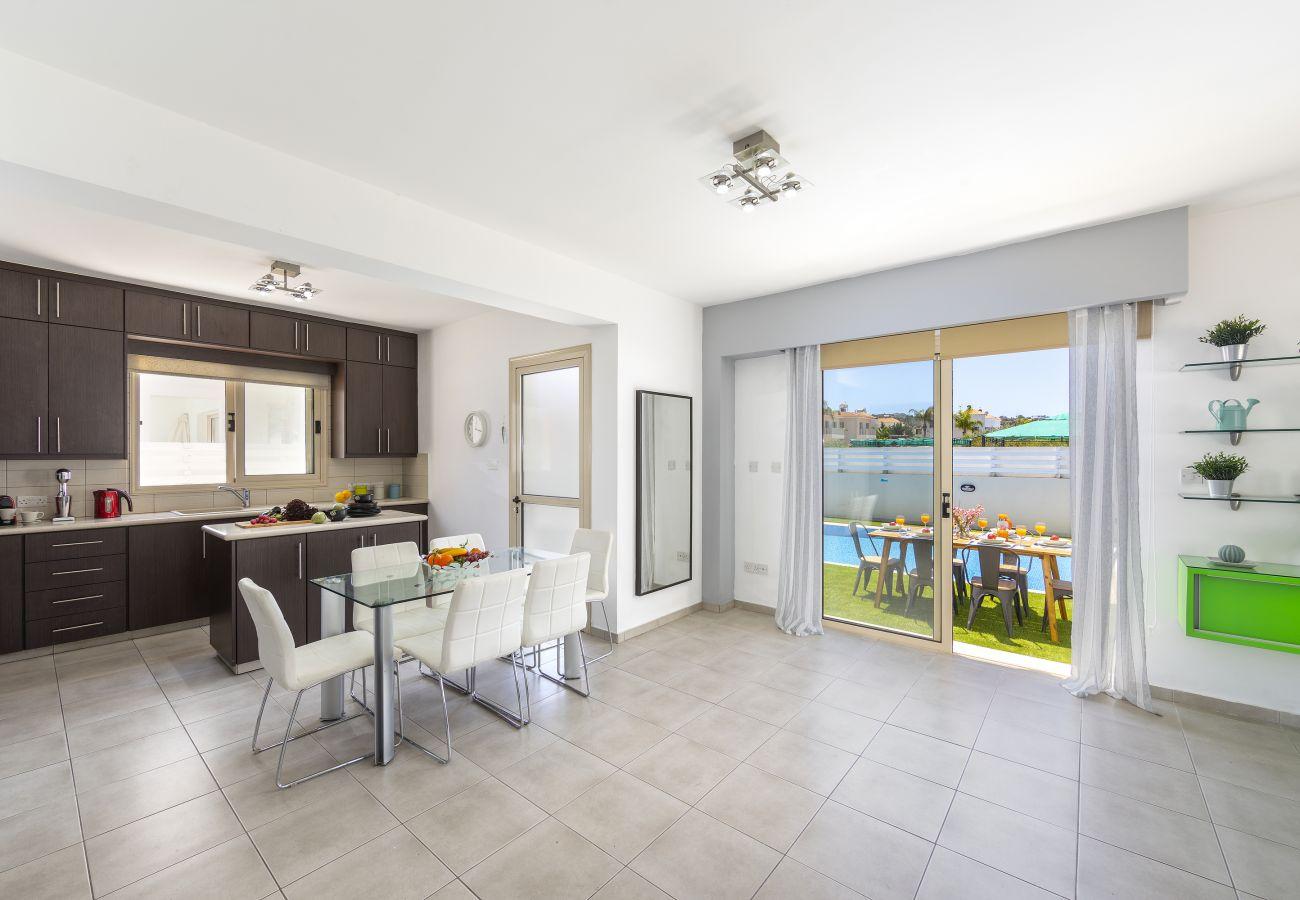 Villa in Protaras - Protaras Palm Villa 54